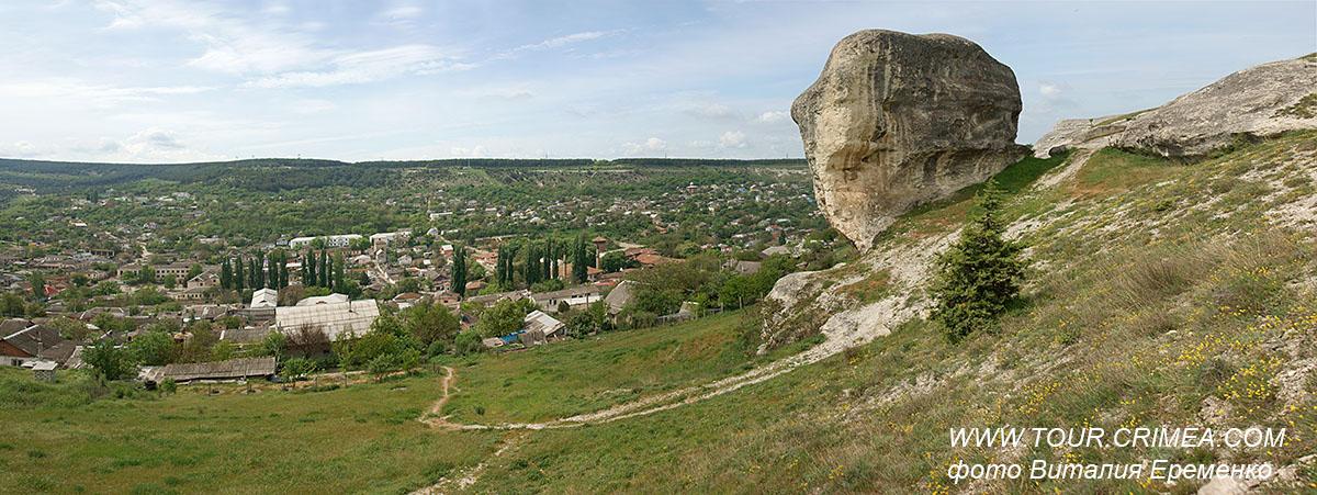 Каменный страж долины Чурук-Су в Бахчисарае